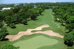Thailand woos foreign golfers with sun, sand traps